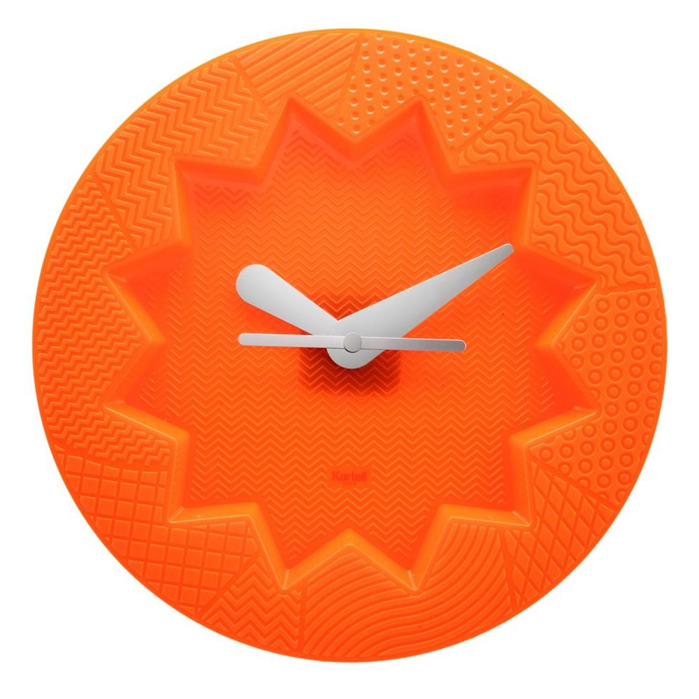 Reloj de pared Kartell de color naranja