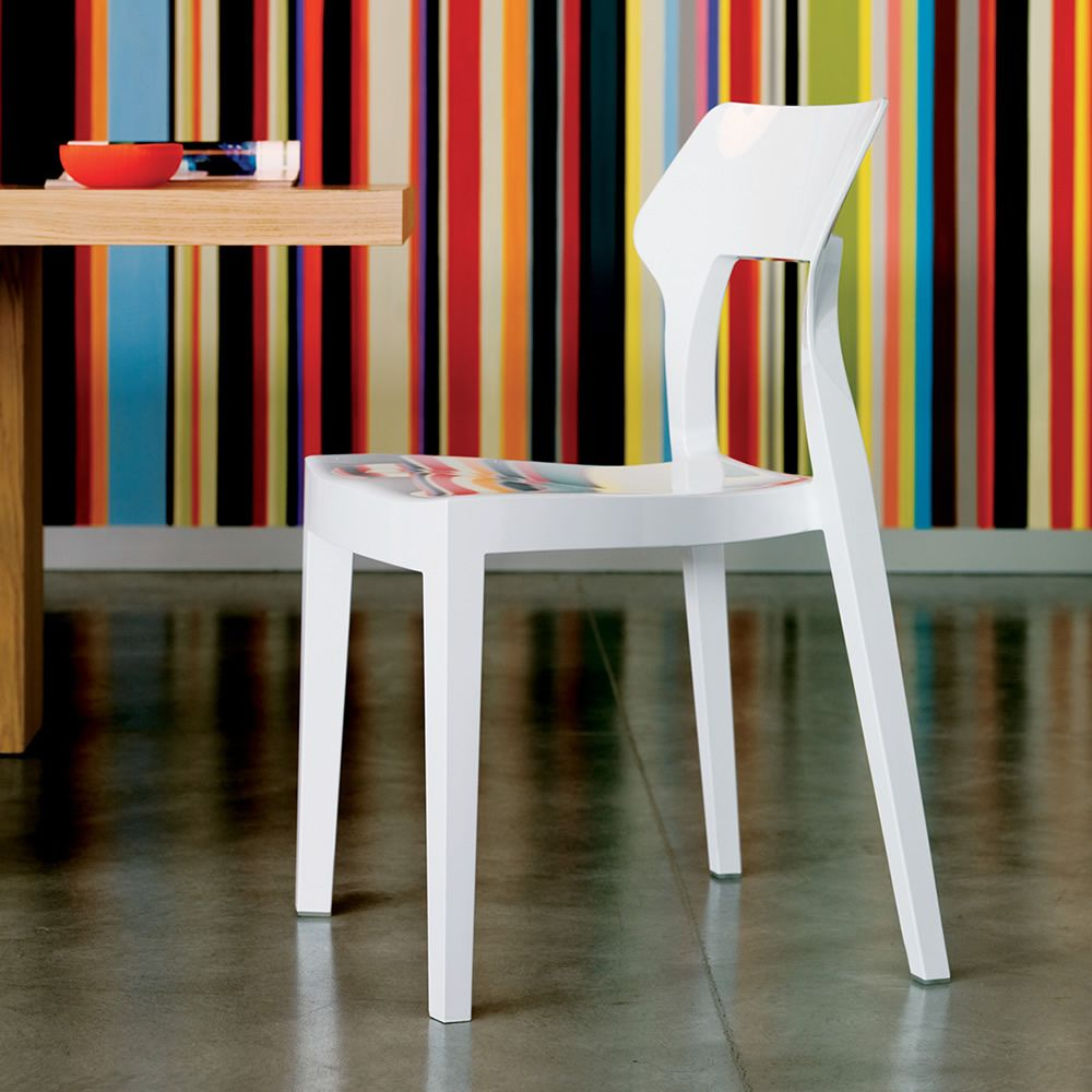 Chair in white polycarbonate