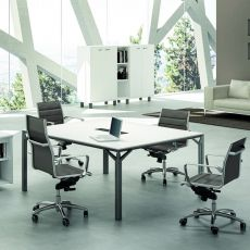 Office X8 Meet - Boardroom table or large office desk, in metal and laminate, available in different dimensions