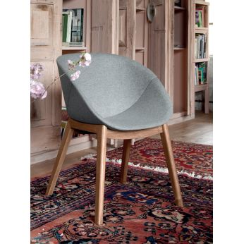 Coquille-L - Chair made of light oak wood, antique finish, with Nordwoll fabric covering in light grey colour