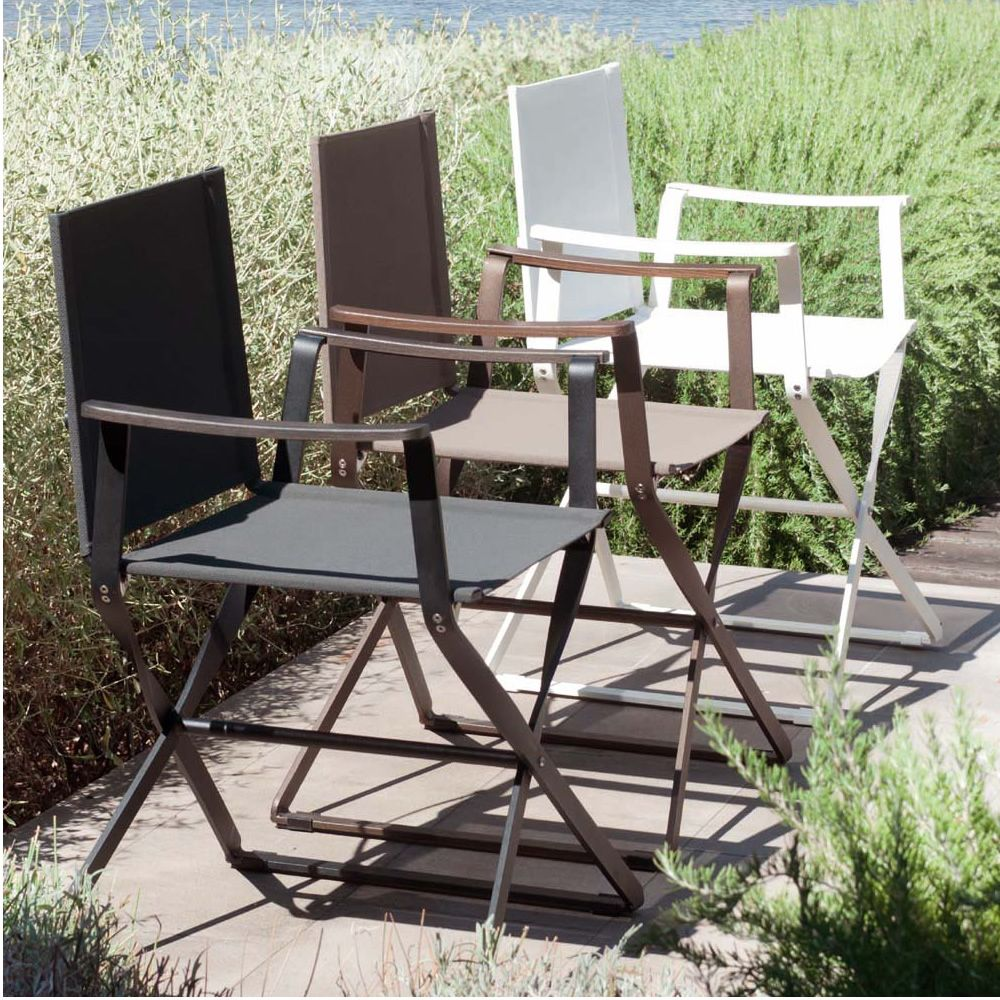 Folding chairs in several colours
