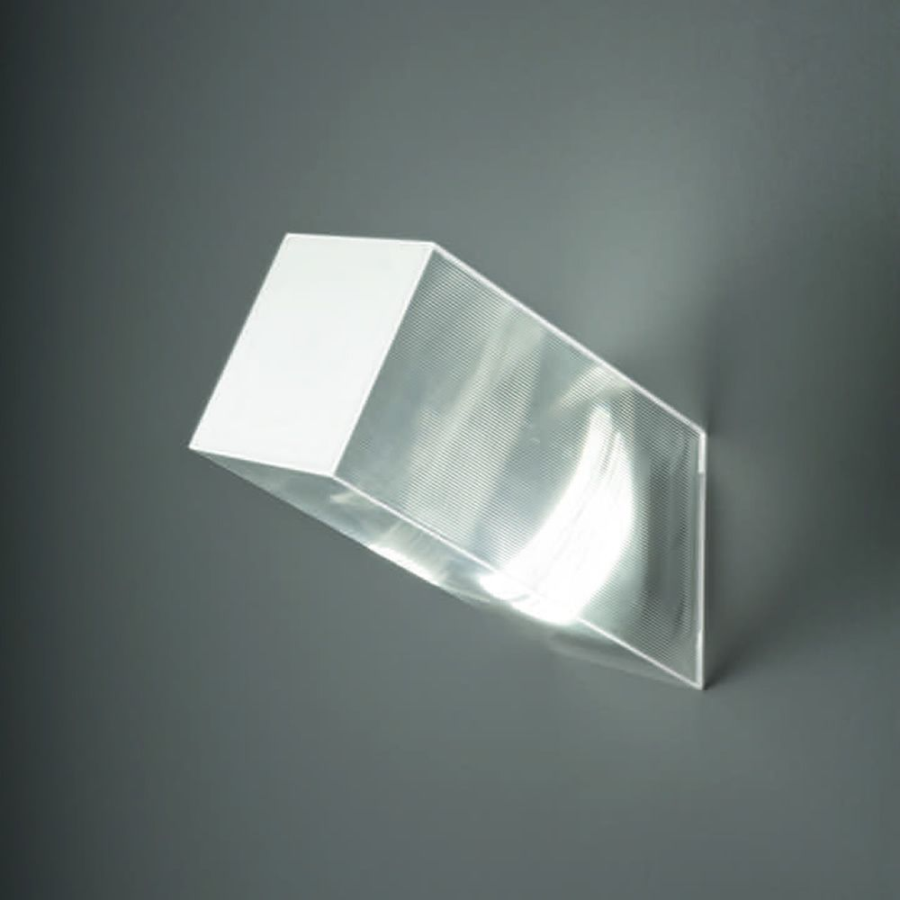Ceiling or wall lamp in white and striped transparent polycarbonate, medium size (M)