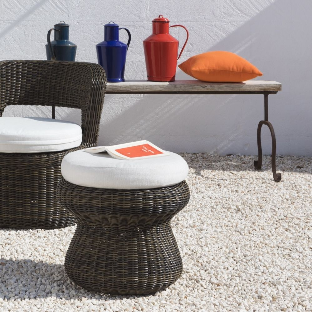 Coffee table - outdoor pouf with cushion in diamond colour