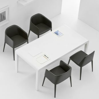 Exteso - Design table, in white lacquered wood, matched with Laja 885 chair