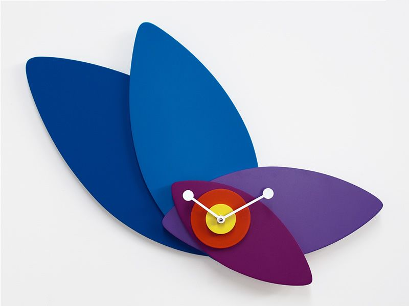 Wall clock wood, colours: blue, pourple and yellow