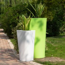 Eve - B-Line designer vase, in polyethylene, also for outdoor, available in different colours and dimensions