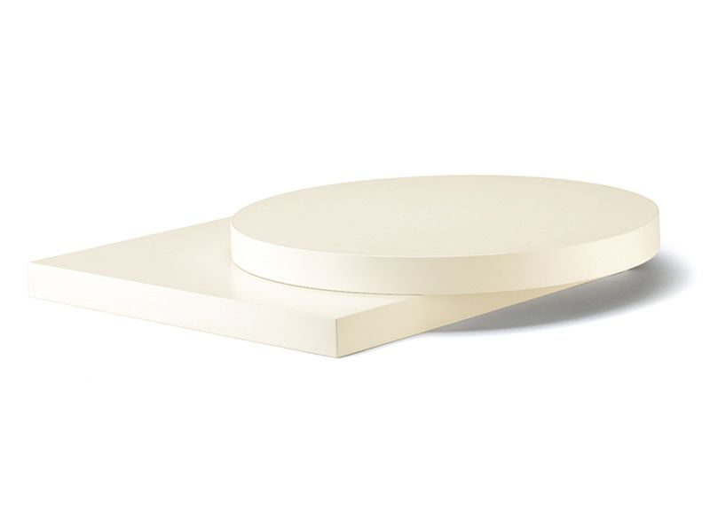 Surface top in ivory laminate
