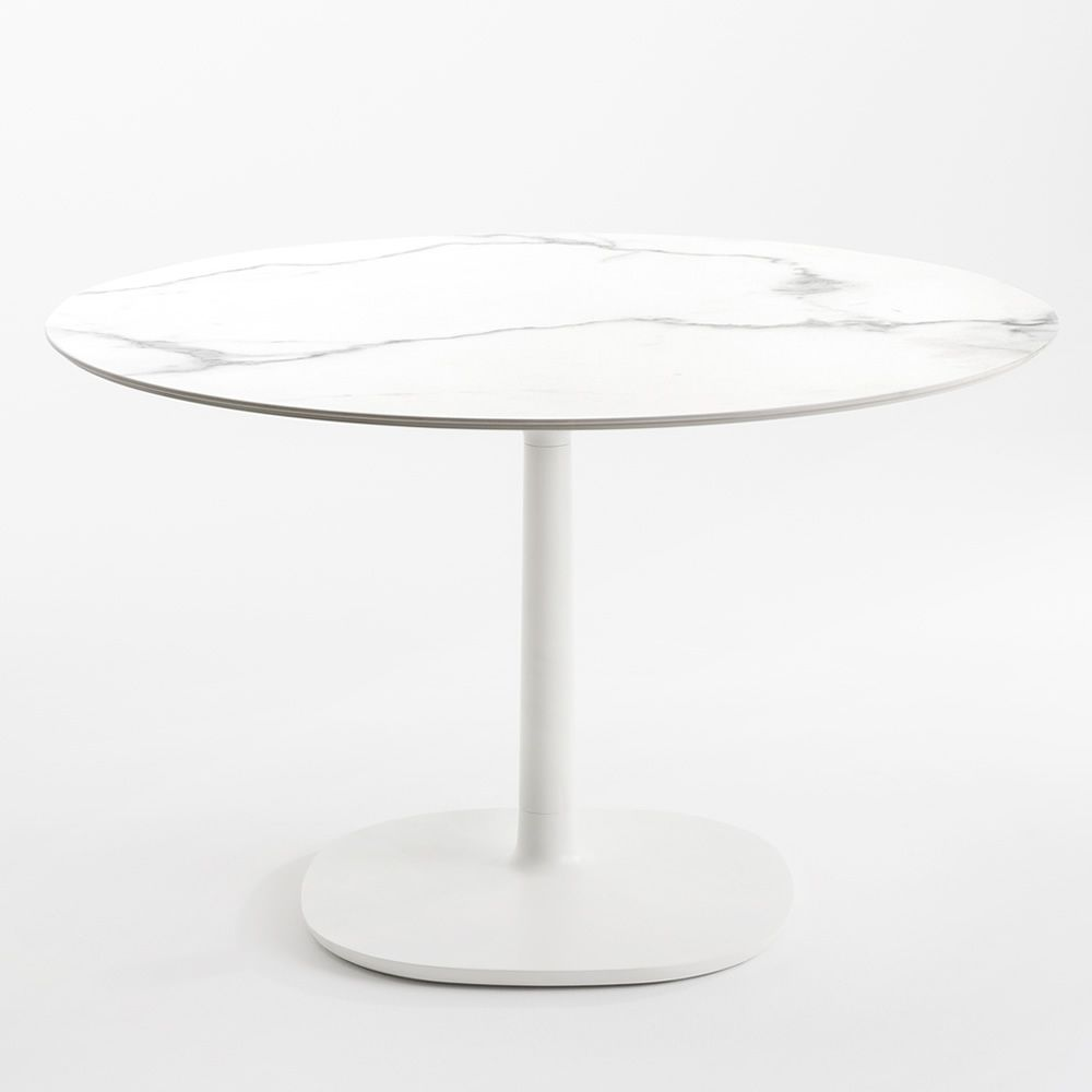 Table with white marble tile finish