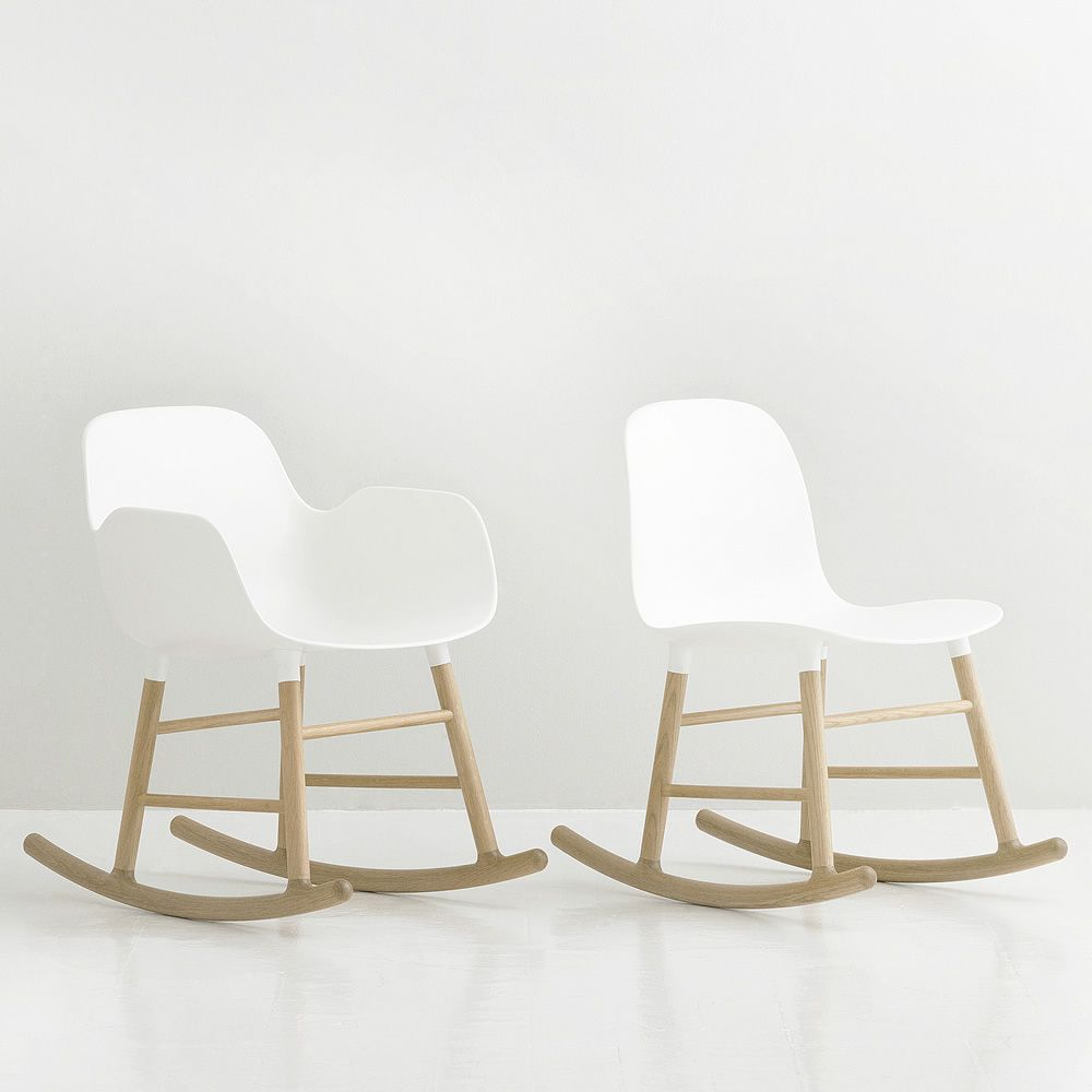 Rocking chair made of oak with white polypropylene seat, with and without armrest