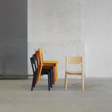 Nico - Bar chair in ash wood, with padded or wooden seat, stackable, available in several colours