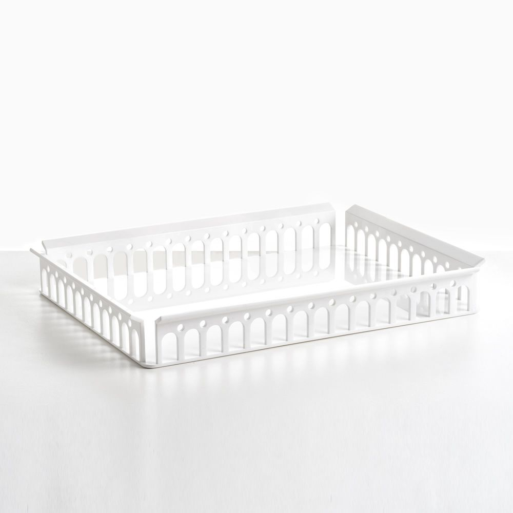 Kartell tray in white colour
