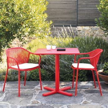 Darwin T - Metal table in red varnished, matching with Sessel Darwin P