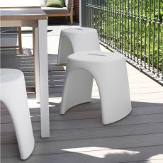 Amélie Sgabello - Slide stool in polyethylene, stackable, also for garden