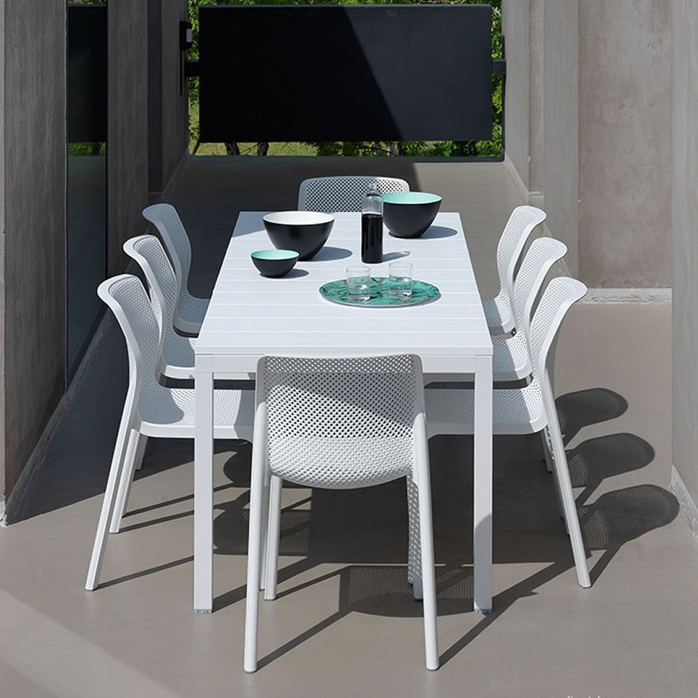 Garden chairs in white colour, matching with Rio table