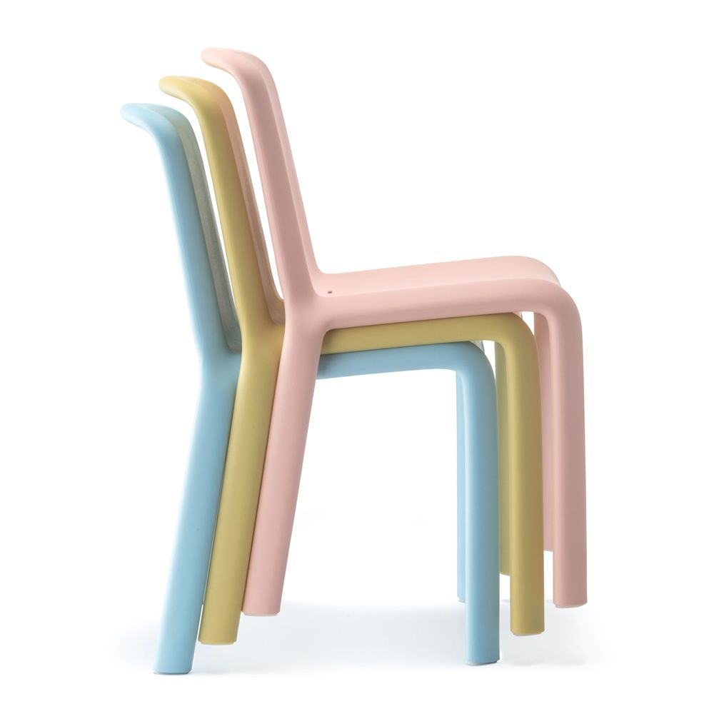 Chairs and tables: Snow Junior 303