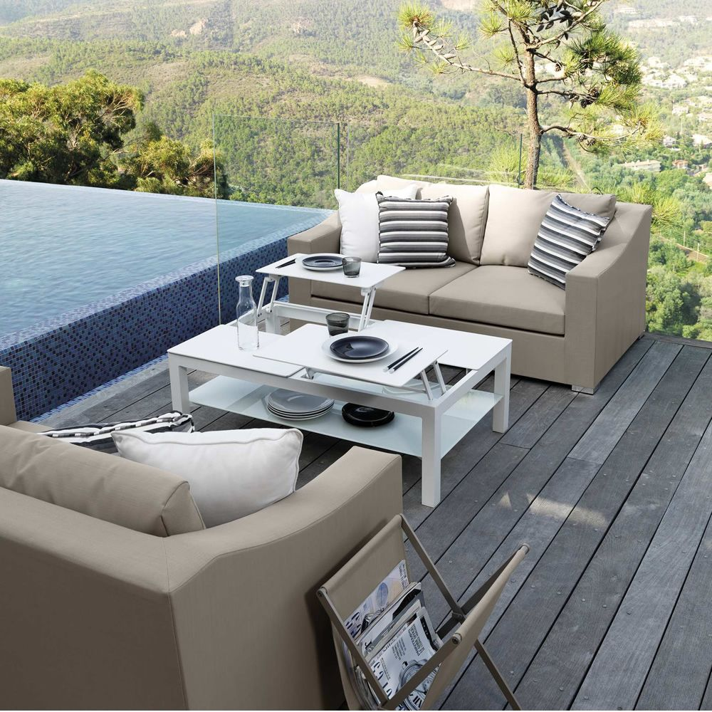 Garden coffee table, in white colour (Size: large)