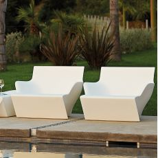 Kami San - Slide armchair in polyethylene, also for the garden, also with cushion