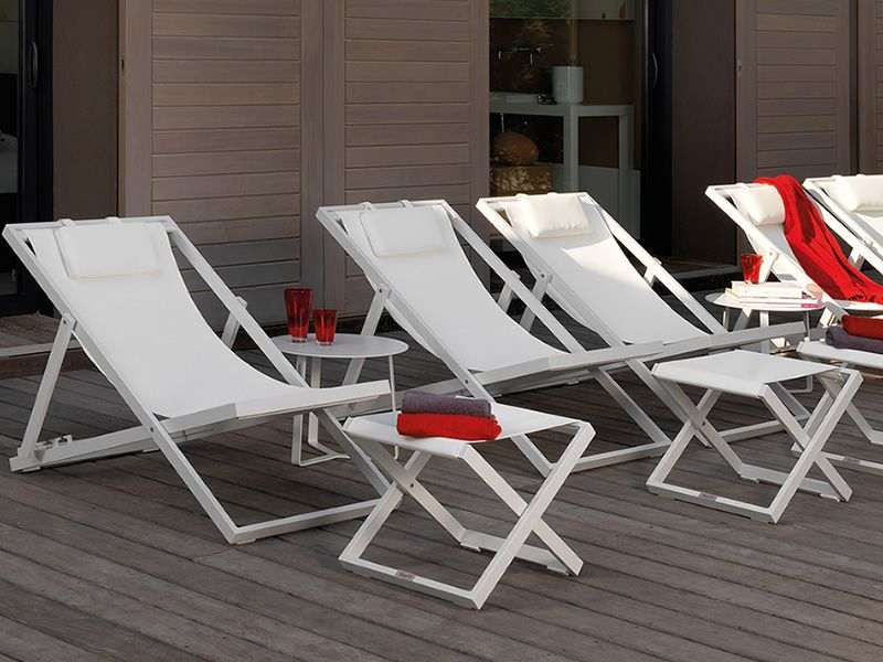 Beach chairs matching with Touch/C2 and pouf, in white colour