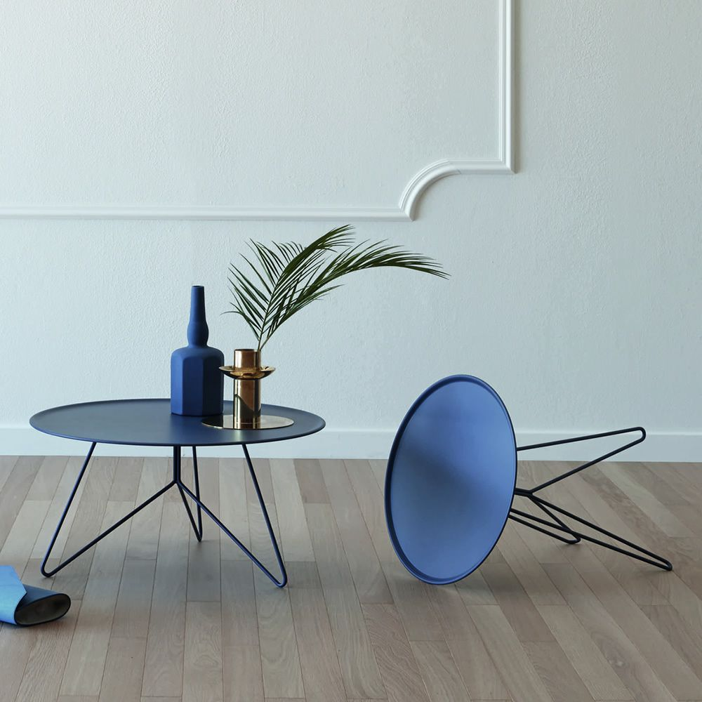 Metal coffee table in blue colour, available in different dimensions