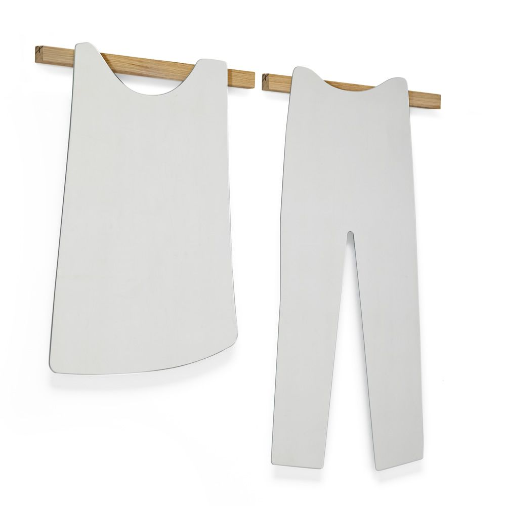 Wall mirror in pants shape, matched with O Sole Mio-T mirrors