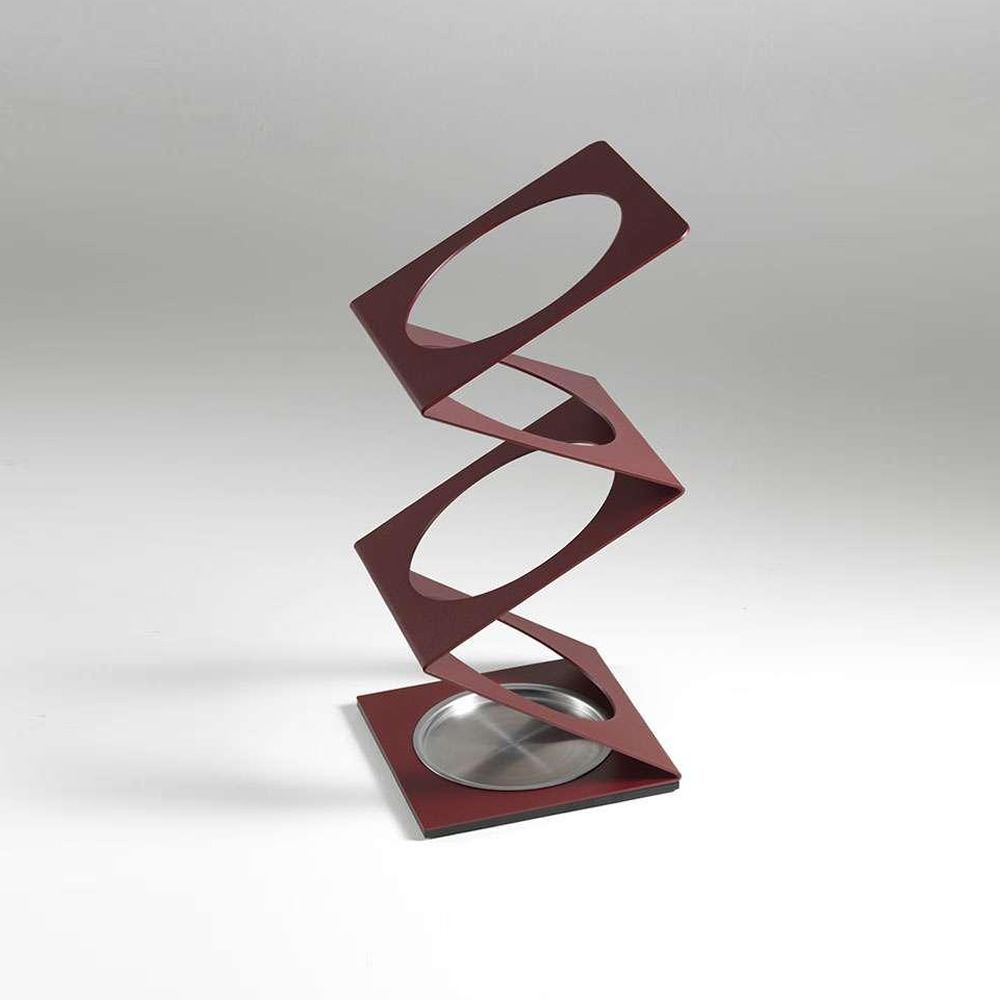 Umbrella stand in marsala varnished steel