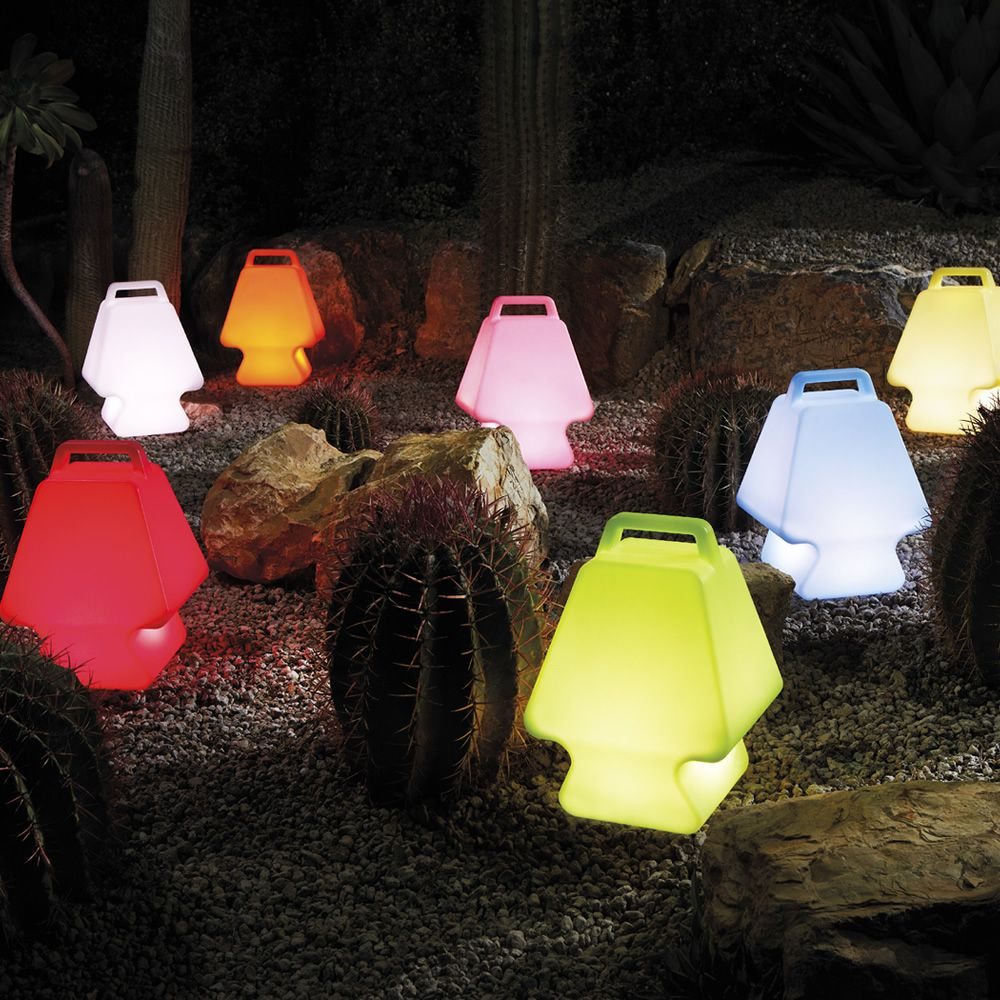 Polyethylene table lamps, different light colours