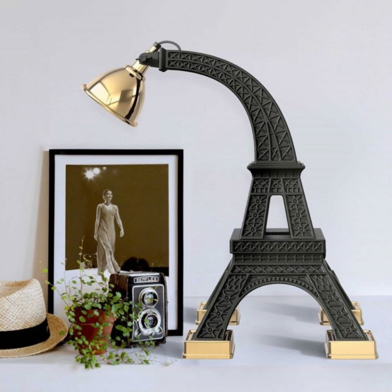 Design table lamp by Qeeboo