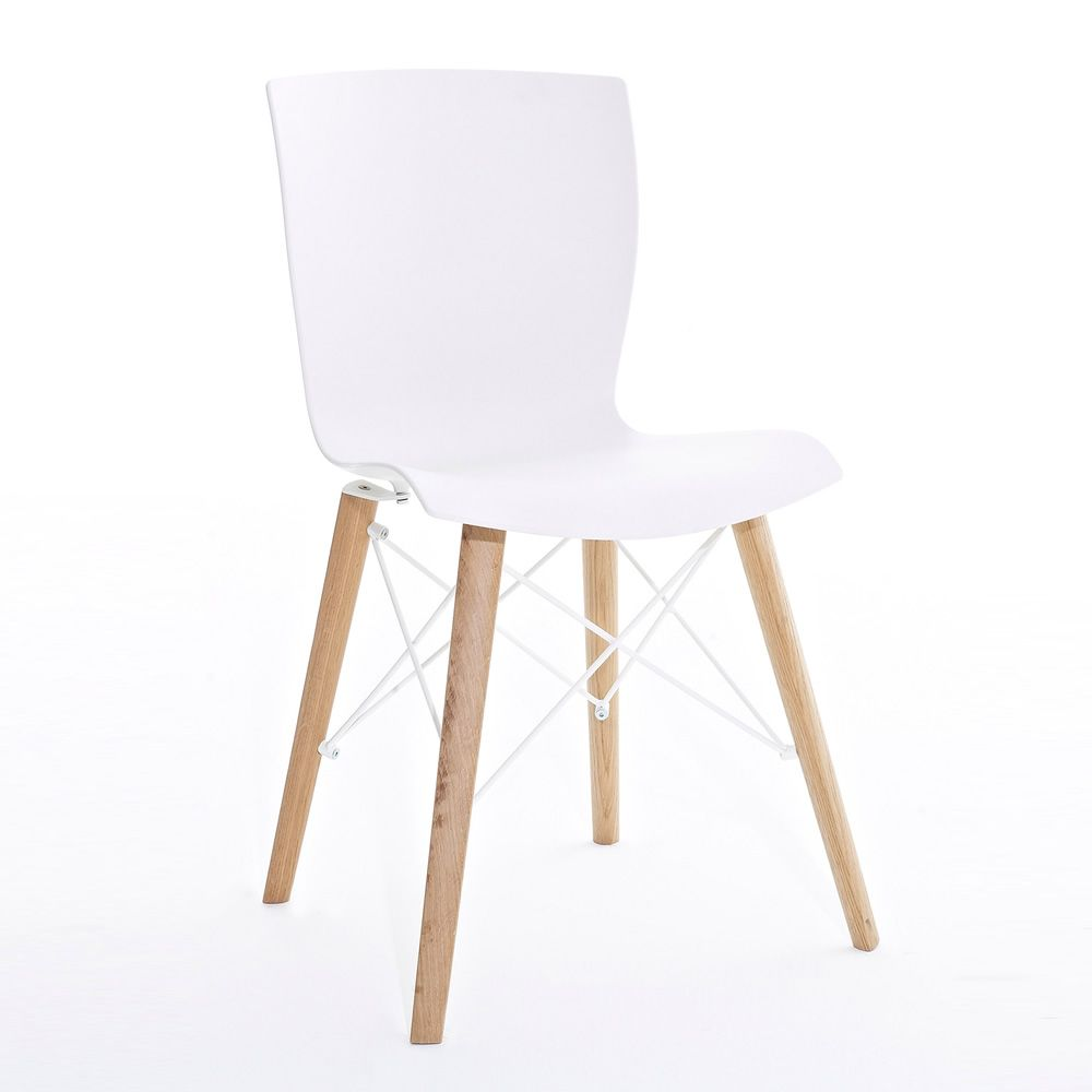 Chair in natural oak, white seat