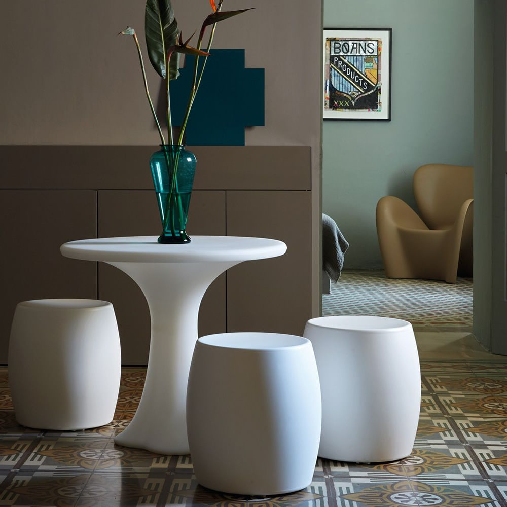 Low stool/coffee table made of Poleasy®, different colours available, also for outdoor