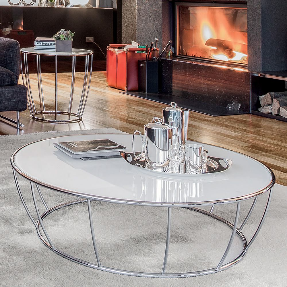Round coffee table made of chromed metal with glass top, white extra clear colour