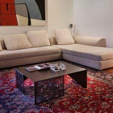 City M - Coffee table made of metal, 68.9 x 68.9 cm, available in several colours