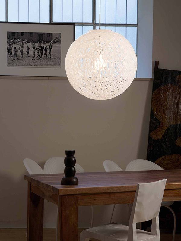 Suspension lamp with plastic lampshade, in white colour