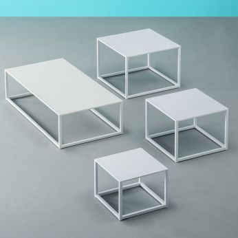 Code - Low table in white varnished metal and white laminate