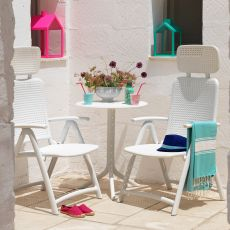Acquamarina - Polypropylene armchair, folding with reclining backrest, available in several colours, for garden