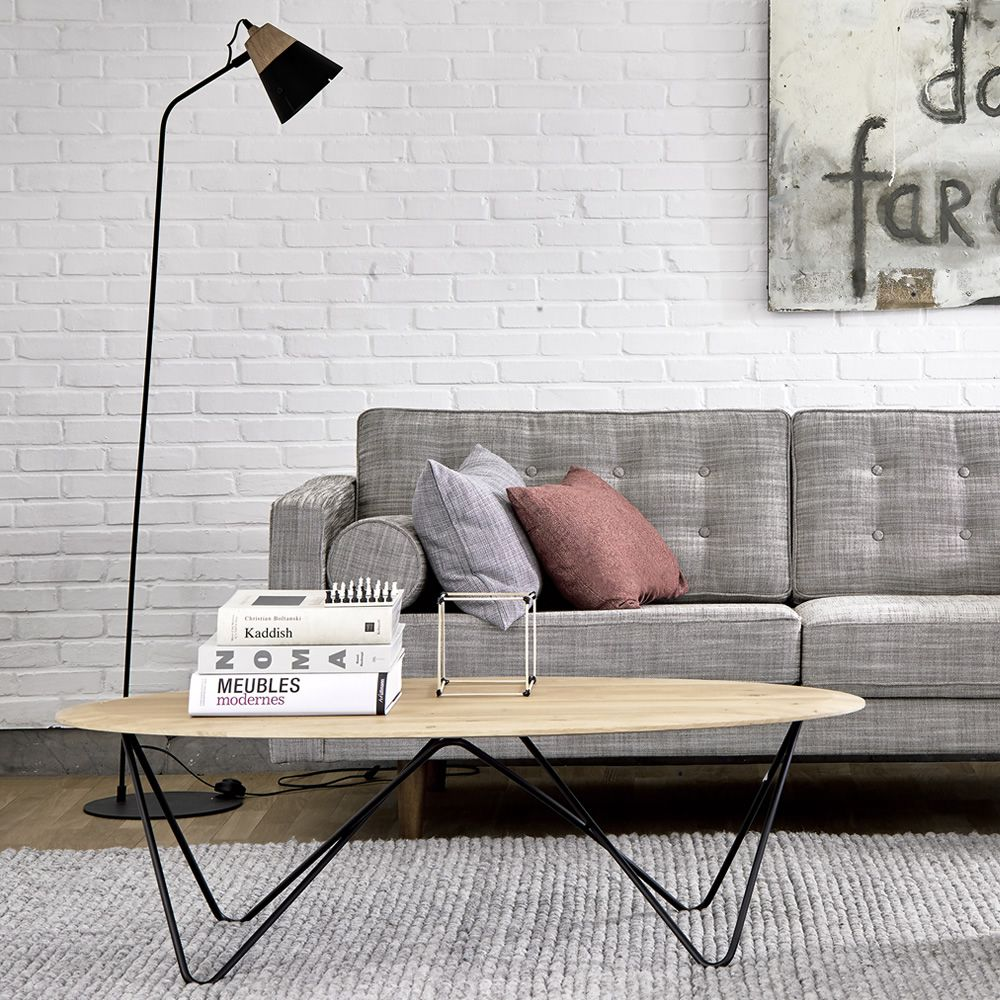 Coffee table made of black lacquered metal with oak wooden top