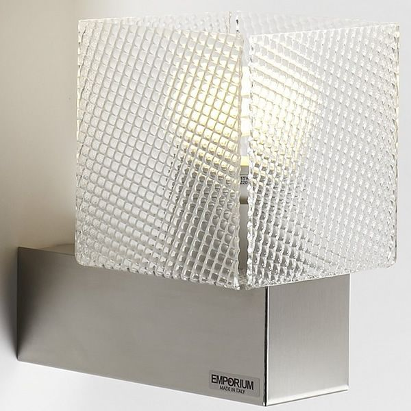 Wall lamp in steel and spectrall methacrylate