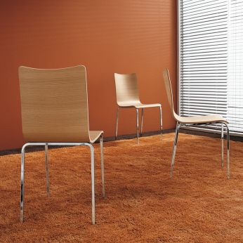 Bibip - Stackable chairs made of chromed metal with natural laminate seat