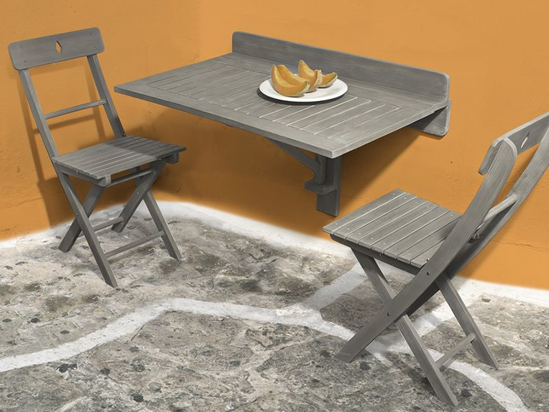 Wooden chairs in grey colour matching with Martignano T2 folding table