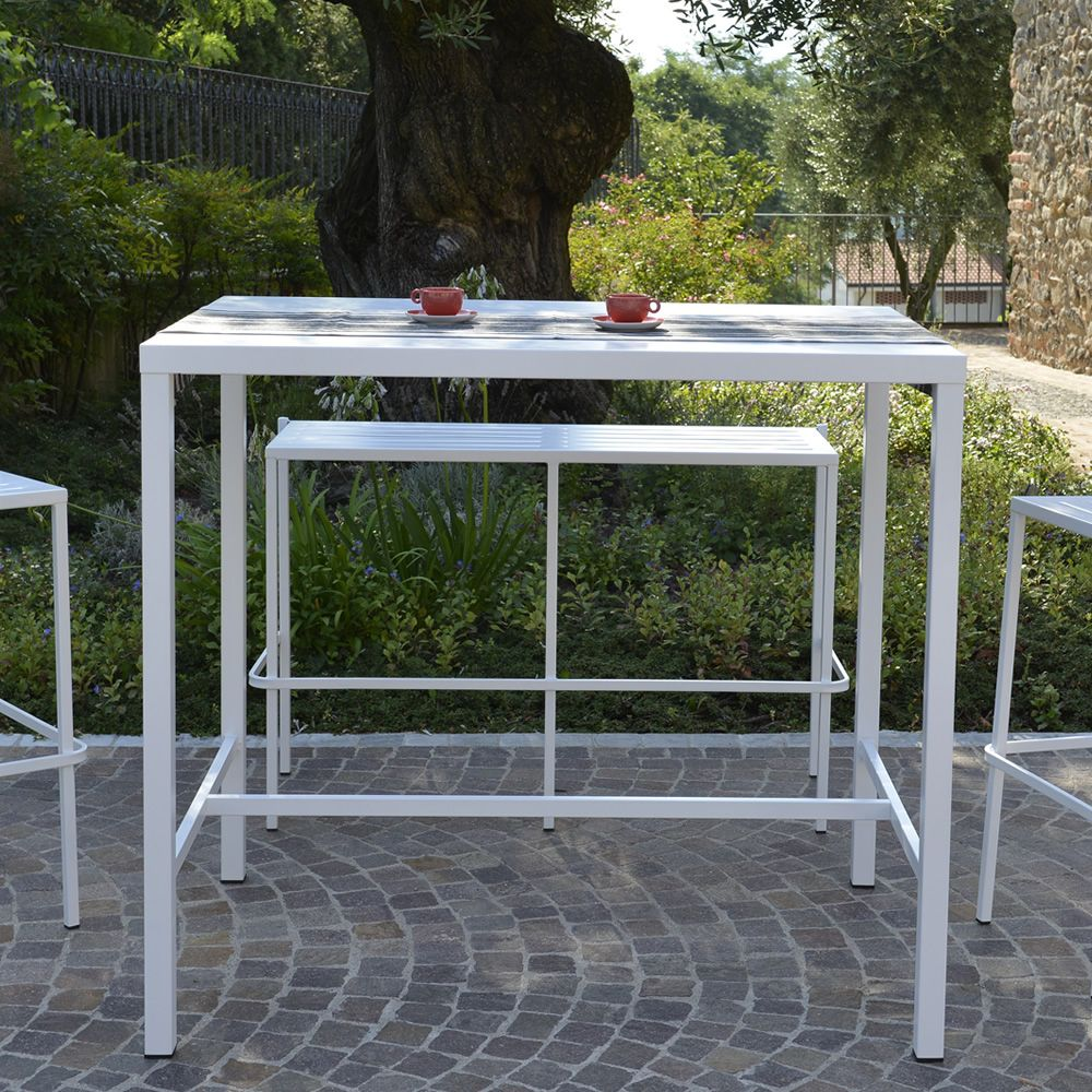 High metal table, white colour, for outdoor (size: 120 x 80 cm)