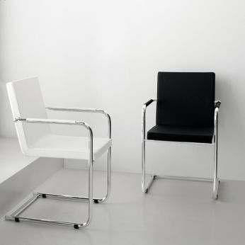 H5-L - Sled chairs with seat and backrest covered with leather or imitation leather, white and black colours