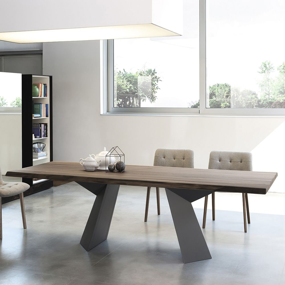 Table with metal base lacquered anthracite grey and top in solid walnut