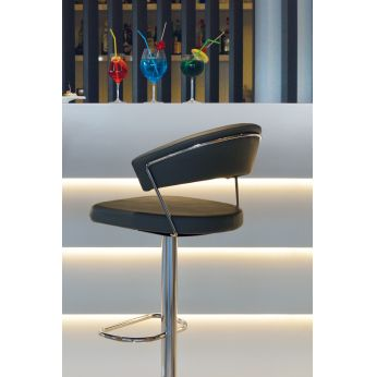 CB1088 New York - Swivel and adjustable stool made of metal and imitation leather, black colour