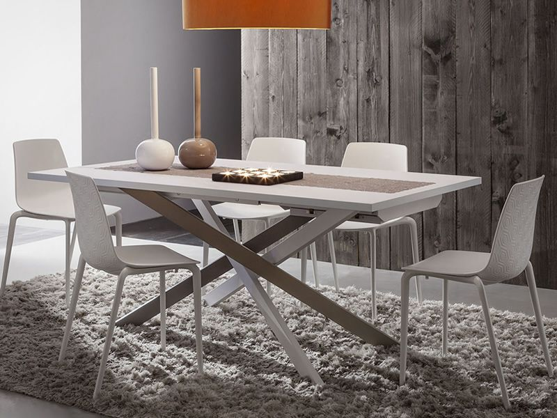 Metal table in tricolour varnished, Fenix top in Alaska white