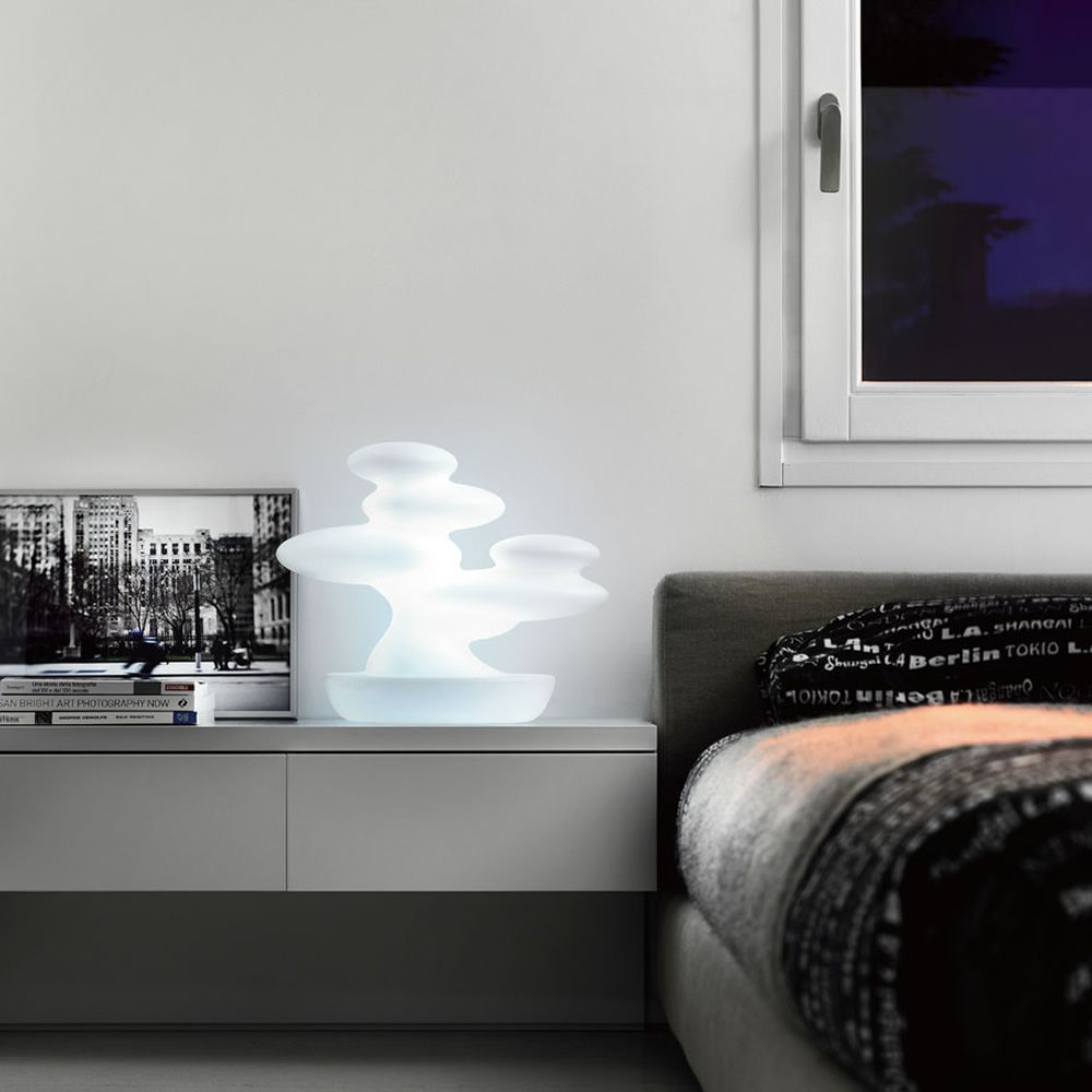 Design table lamp made of Poleasy®