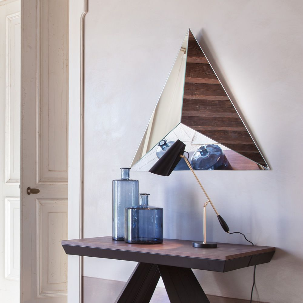 Triangle-shaped mirror, silver finish