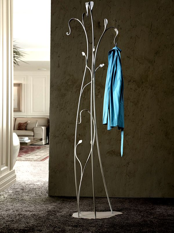 Coat stand in champagne varnished iron