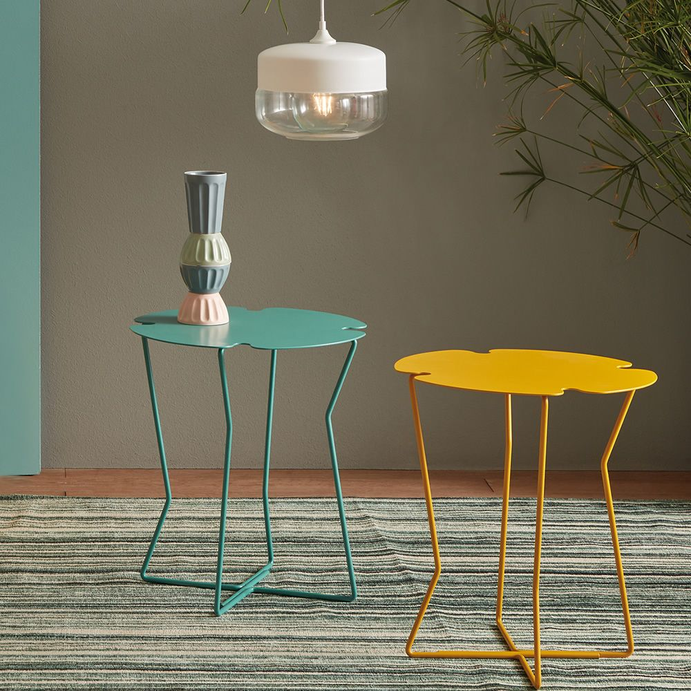 Round side-table in varnished metal, colour sage green and yellow