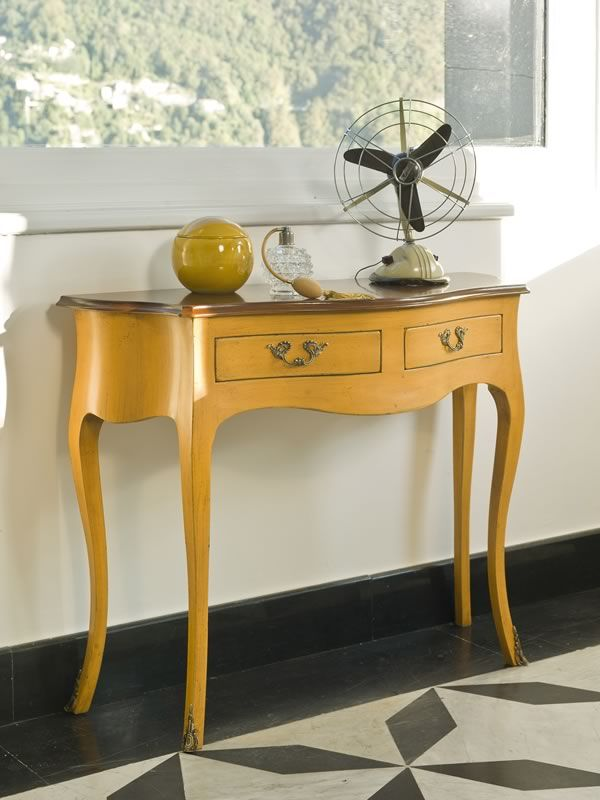 Classic console made of honey yellow lacquered old-looking wood, with old-looking dark walnut top (Two-coloured version)