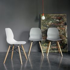 Caligola - Dall'Agnese wooden chair, polypropylene seat, different colours available