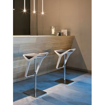 Freedom S - Modern metal stools, with two-coloured seat
